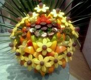 Букеты фруктово - конфетные