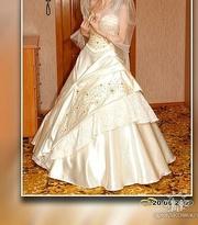 Свадебное платье ( новое)