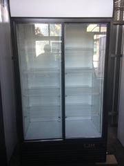 Увага! Шафи Холодильні - вітрини (купе або однодверні) б/у недорого!